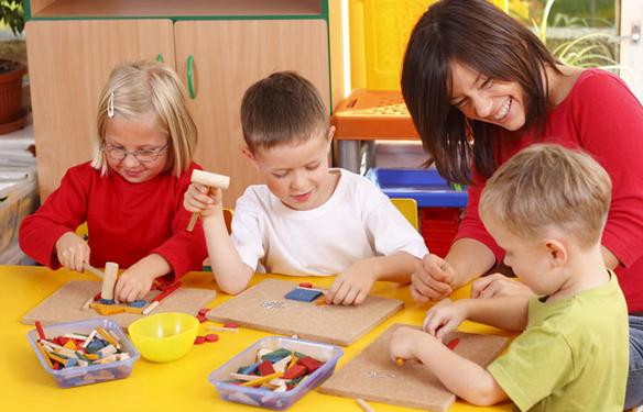 Mendidik anak dan membangun karakter sejak dini