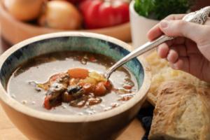 Sumber: https://virtuoart.com/photo/20839/hot-barley-soup